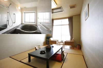 源泉浴槽付き和室(8帖)